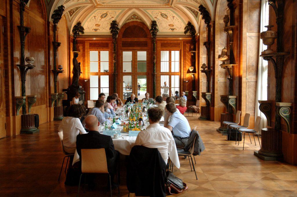 M100 Sanssouci Colloquium 2005