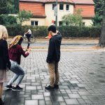 """Workshop """"Mobile Reporting"""": Die YEJs üben beim Dreh eigener Webvideos mit verschiedenen Perspektiven"""
